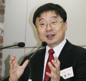 김동수 교수