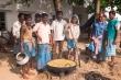 지난 7일간 구호 캠프에서 지내고 있는 600명의 아마탸 이재민을 위한 점심. 아침 점심저녁이 제공된다.