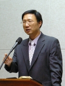영남대 물리학과 권진혁 교수