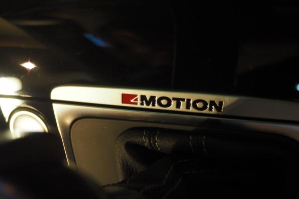 ▲4륜 구동임을 뜻하는 '4MOTION' 표시(사진=박성민 기자)