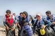 그리스섬에 상륙한 난민들.
