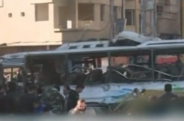 연쇄 폭탄 테러가 시리아 수도에서 발생해 160여 명의 사상자가 발생했다. IS는 자신들의 소행이라고 주장하고 있다.