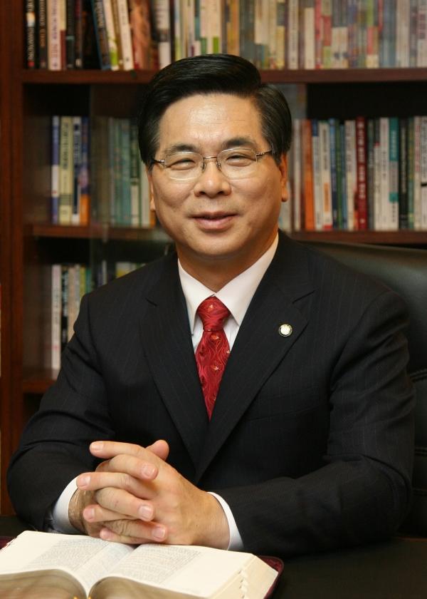 여의도순복음교회 당회장 이영훈 목사
