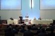 PCA 한인서남노회가 15일 오전 인랜드교회에서 개회했다. 이 노회에서는 오정현 목사의 안수에 관한 문제가 집중적으로 다뤄졌다. 사진 가운데가 서기 김상선 목사와 노회장 고건주 목사. 김 목사는 사랑의교회 갱신위로부터 고소당한 상태다.