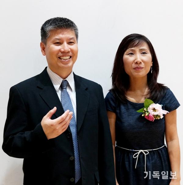 티브이넥스트(TVNext) 설립자 겸 공동대표인 김태오·사라 김 부부