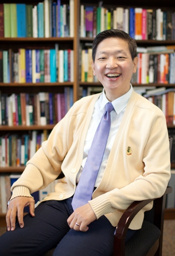 박성진 학장은 미국 신학교들의 현 주소를 진단하는 한편, 신학교들이 위기 속의 교회를 위해 어떤 일들을 준비해야 할지 말했다.