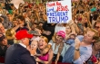 트럼프를 만나 환호하고 있는 그의 지지자들 ⓒ 케이아메리칸포스트