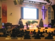12일 낮 치유하는교회에서 기윤실의 '2016 좋은교회상' 시상식이 열린 가운데, 손봉호 교수가 강연을 전하고 있다.