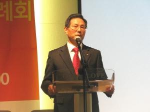 KWMA 신임 사무총장으로 당선 된 조용중 선교사.