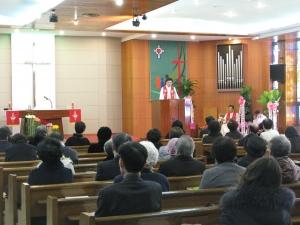중앙루터교회가 창립 50주년을 맞아 '희년 감사예배'를 드렸다.