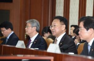 유일호 부총리 겸 기획재정부 장관