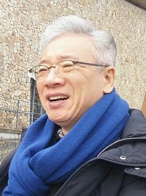 베이직교회 조정민 목사