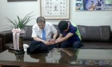 송대관에게 기도하는 소강석 목사