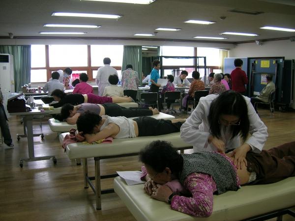성누가회의 의료봉사활동 모습