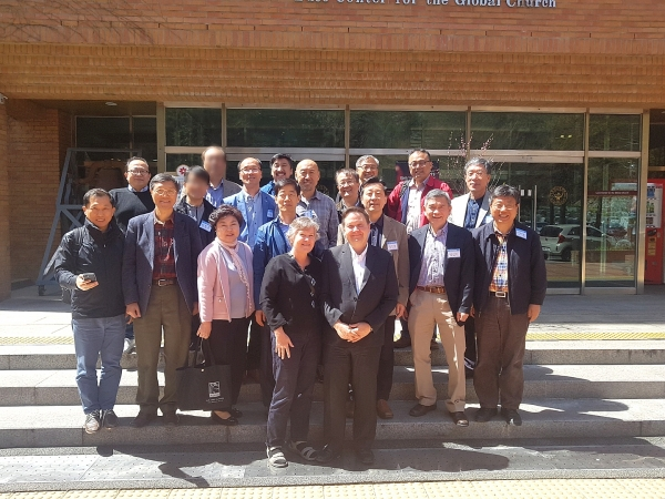선교통계학의 세계적 대가 토드 존슨(Todd Johnson) 박사와 함께 한 방콕포럼과 설악포럼 선교사들.