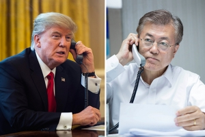 문재인 트럼프 한미 정상 첫 통화 / 연합뉴스