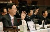 기하성 여의도순복음 측 총회 총회장으로 연임된 이영훈 목사(맨 왼쪽).