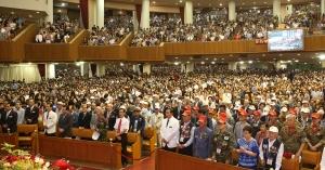 """여의도순복음교회는 지난 6월 25일 오전 11시, 대성전에서 주일 3부 예배 중 2017년 """"제67주년 6·25 전쟁 참전용사 감사패 수여식""""을 개최했다."""