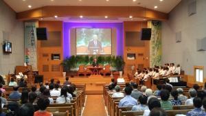 송탄제일교회에서 장기기증에 대해 설교하는 박진탁 목사