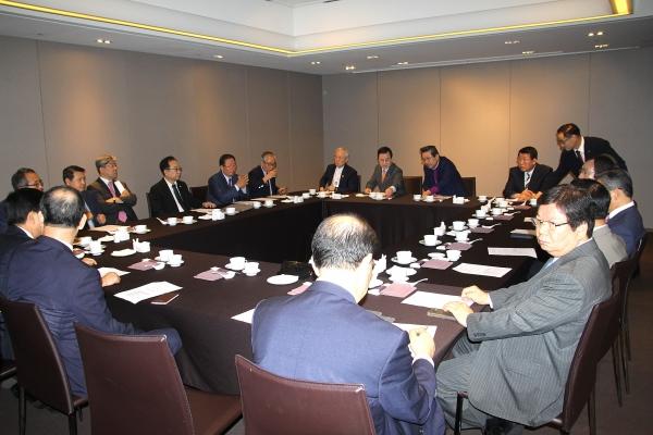 교단장회의가 14일 아침 프라자호텔에서 회의를 열고, 오는 16일 (가칭)한기연 창립총회를 최종적으로 결정지었다.