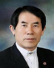 예장중앙 총회 신임 총회장 이건호 목사