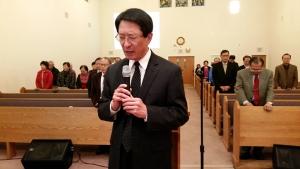 기도하는 지선묵 목사
