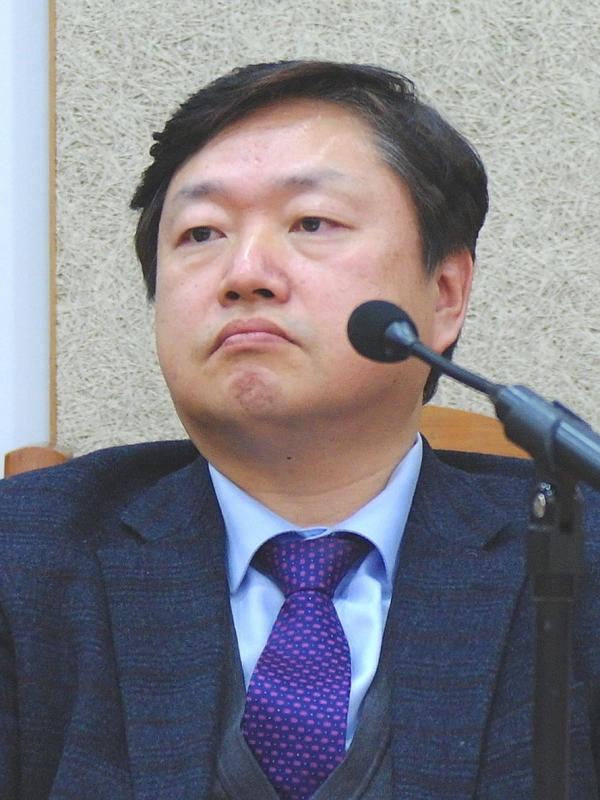 실천신대 21세기교회연구소장 정재영 교수