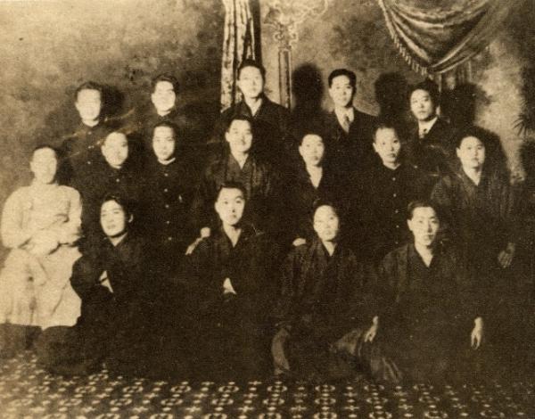 '2.8독립선언'을 주도했던 유학생들의 모습