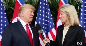 VOA와 인터뷰 중인 美트럼프 대통령. 그는 김정은이 북한 주민들을 사랑한다고 언급했다.