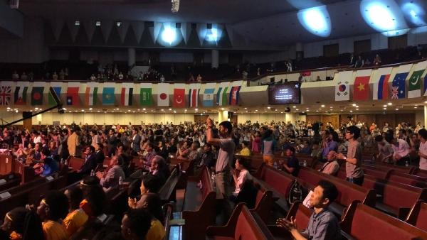 한국세계선교협의회(KWMA) 2018 세계선교대회 및 제7차 선교전략회의(NCOWE 7)가 지난 18일부터 21일까지 수영로교회에서 열린 가운데, 전 세계 각국에 흩어져 복음을 전하는 1,625명의 선교사가 참여해 세계 선교 전략을 논의했다.