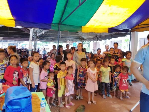 라오스 삼퉁 병원에서 진료 대기를 하고 있는 환자들의 모습 ⓒ 광림교회