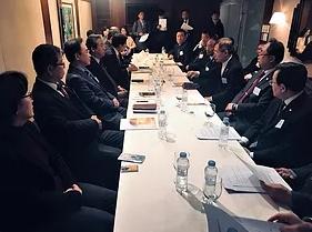 한국교회총연합은 1월 7일 오전 대표회장회의와 상임회장회의를 연달아 열고 3.1운동기념 행사 내용을 보고하고 결정하는 등 회무를 처리했다.