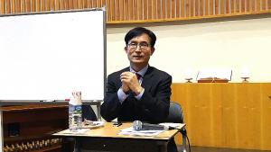 한반도평화연구원장·대외경제정책연구원 선임연구원 윤덕룡 박사