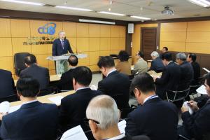 한국기독교총연합회(대표회장 전광훈 목사, 이하 한기총)는 4일 오전 11시 한기총 세미나실에서 제30-2차 긴급임원회를 열고 주요 안건들을 처리했다.