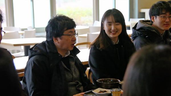 한동대 장순흥 총장 학생 식당 식사