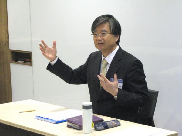케리그마신학연구원 원장 김재진 박사.