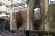 이슬람주의자들의 공격으로 불에 타버린 시리아의 한 교회