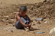 시리아 난민촌의 한 어린이