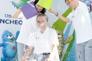 아이스 버킷 챌린지에 참여한 김영수 위원장