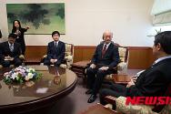 15.4.6 외교부 주한 일본대사 초치 항의