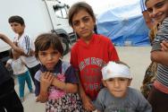 [사진제공=월드비전]_사진3_'여기에는 장난감도, 놀 곳도, 잘 곳도 없어요.' 밤에는 판자 위에서 잠을 자서 춥다는 난민 아동들