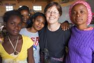 ▲말라위 잘레카(Dzaleka) 난민촌의 어머니들. ⓒIAFR
