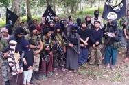 통합선언을 하고 IS 지도자 아부 바크르 알 바그다디에게 충성을 맹세하는 4개 테러단체 관계자들 동영상 캡춰.
