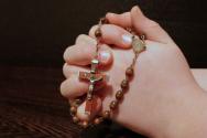 기도 기도손 회개 간절함 묵주 십자가