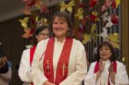 미국연합감리회(UMC) 첫 여성 감독으로 선출된 카렌 올리베토 목사