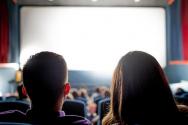 영화 보는 사람들 관람객