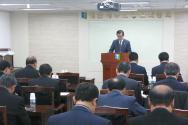 예장합동 총회 임원회가 3일 낮 총회회관에서 처음으로 교단연합교류위원회와 연석회의를 갖고 한교총 가입을 논의했다.