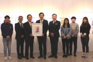 2019-04-23 한신대, '민족대표 33인 존영 수채화' 3·1독립운동 유공자 유족회에 전달(2)