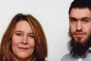 어머니와 무슬림으로 개종한 후 IS에 가담한 데미언