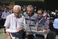 WEA 2019 GA에 참석한 세계교회 리더들이 각 나라와 국가, 그리고 WEA를 위해 간절하게 기도하고 있다.